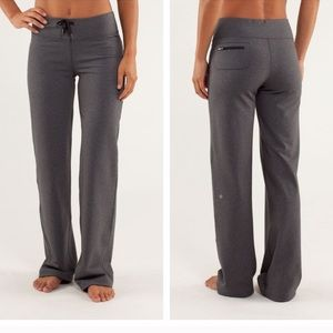 Lululemon Relaxed Fit Pant Size 12 Dark Gray Coal